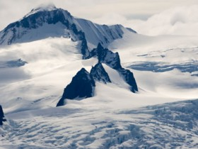 Weatherwatch: Dirty glaciers melt faster than clean glaciers