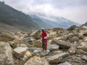 Quake heightens Nepal landslide concern